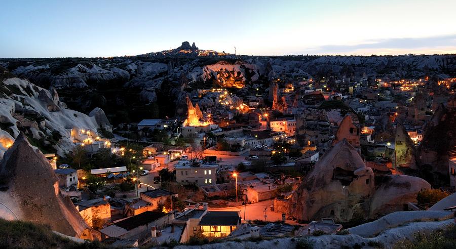 ночной Гереме, Каппадокия, Турция